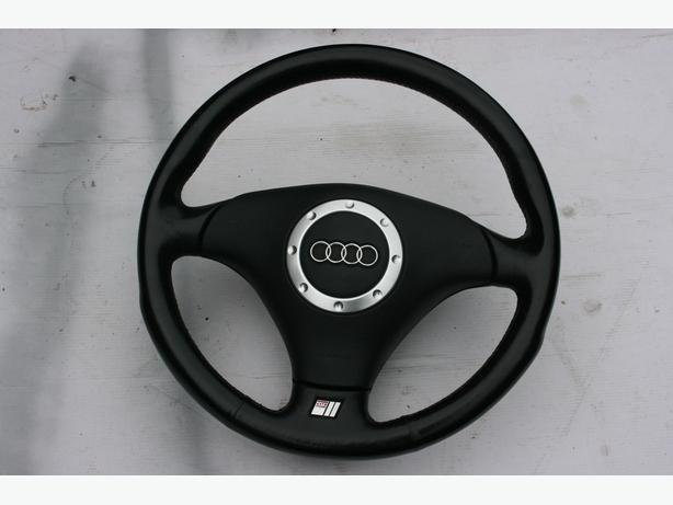 Audi TT 2002 steering wheel