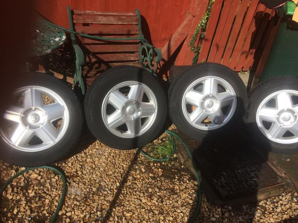 15 inch Renault scenic alloys tyres legal