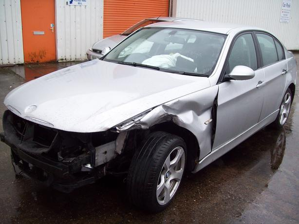 BMW 320d ES *-BREAKING FOR SPARES-*