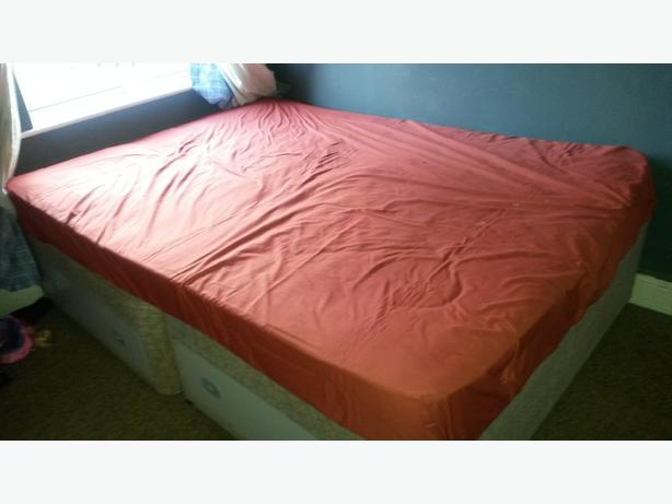 FREE: double bed n matress