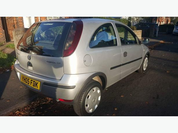VAUXHALL CORSA 1.2 1 LADY OWNER FULL SERVICE HISTORY IMMACULATE