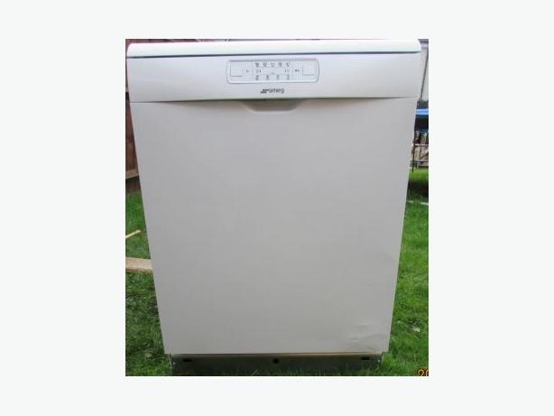 SMEG dishwasher 60cm white shop liquidation NEW