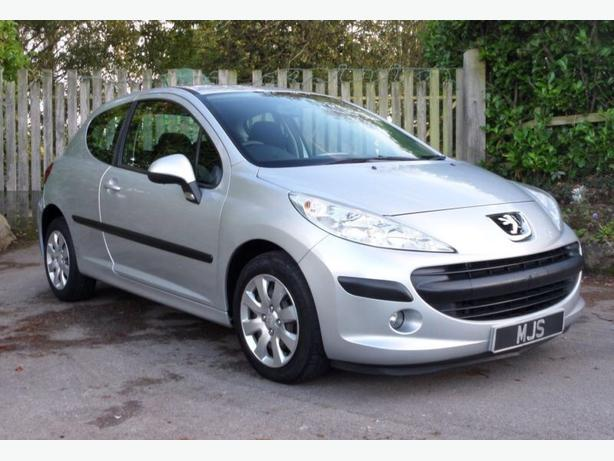 Peugeot 207 1.4 3 door Silver , Cheap to tax , Low Insurance group