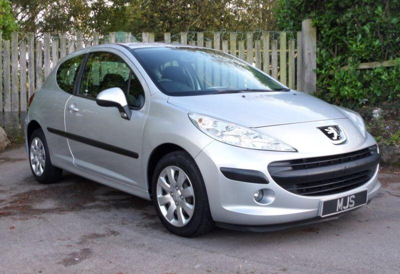 Peugeot 207 1 4 3 Door Silver Cheap To Tax Low