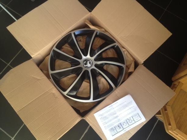 "Brand New 16"" Wheel Trims"
