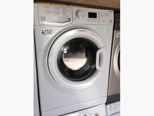 HOTPOINT 1-9KG WASHING MACHINE WHITE