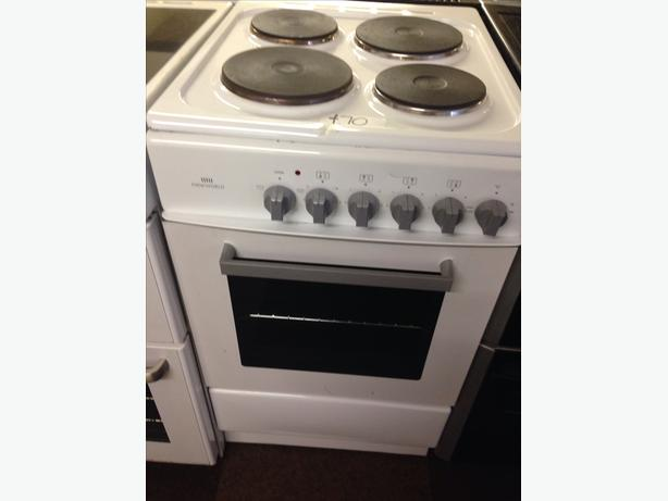 NEW WORLD PLATED TOP 50CM ELECTRIC COOKER