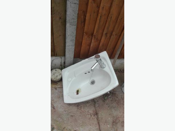 'toilet sink bathroom sink cheap ceramic sink clock room sink