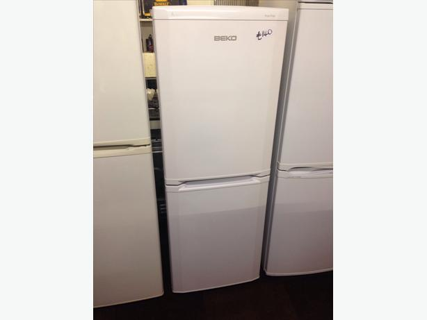 BEKO WHITE FRIDGE FREEZER2
