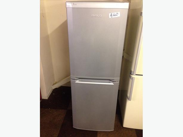 BEKO SILVER FRIDGE FREEZER1