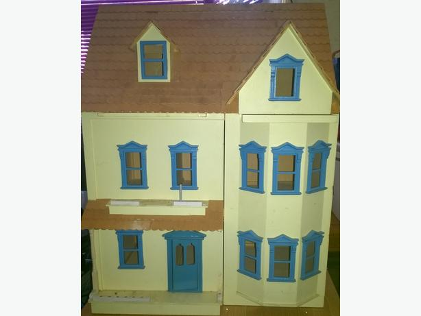 Very large dolls house