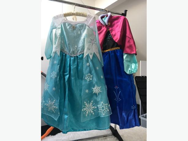 Disney Store Elsa&Anna costume 7/8yrs