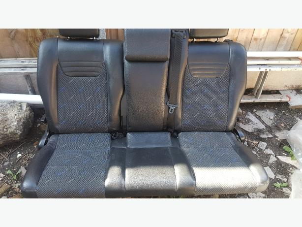 zafira gsi back seats