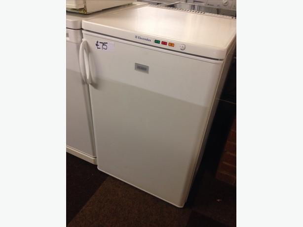 ELECTROLUX UNDER COUNTER FREEZER02
