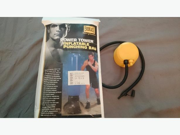 EVERLAST Power Tower Inflatable Punch Bag
