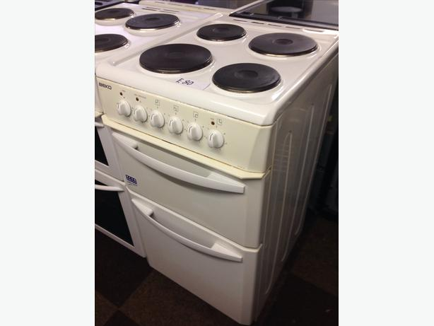 BEKO PLATED TOP 50CM ELECTRIC COOKER0