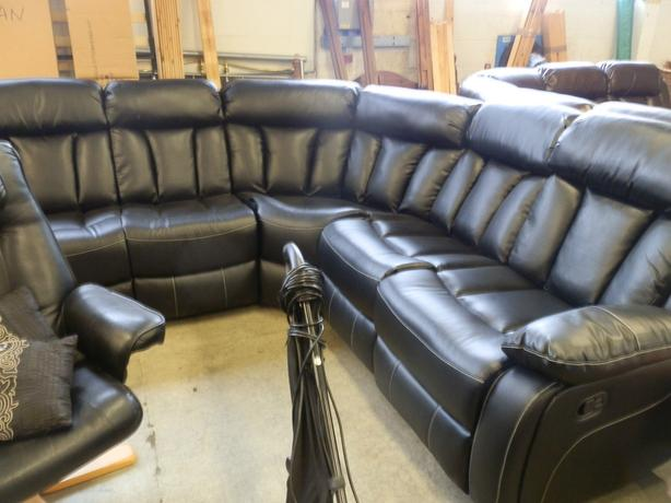 BRAND NEW LARGE CORNER SOFA FULLY RECLINER SEATER - EXTRA PADDED