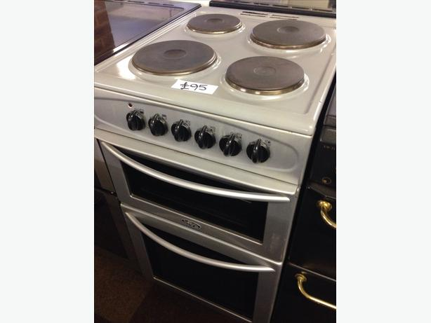 BELLING PLATED TOP 50CM ELECTRIC COOKER0