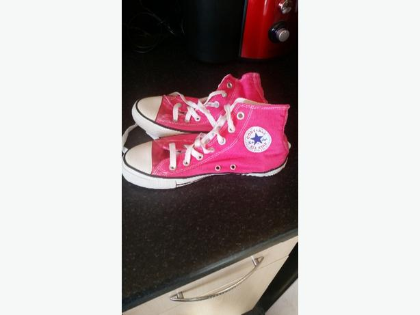 girls/ladies converse boots