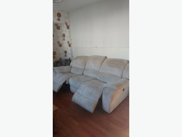 reclining 3 seater + 2 seater sofa