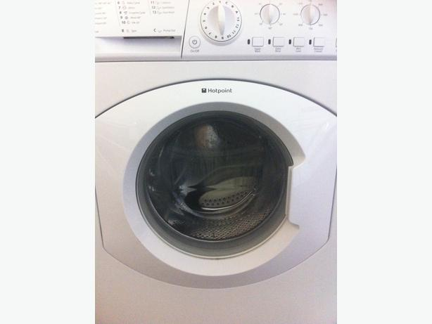 HOTPOINT WASHING MACHINE WITH WARRANTY