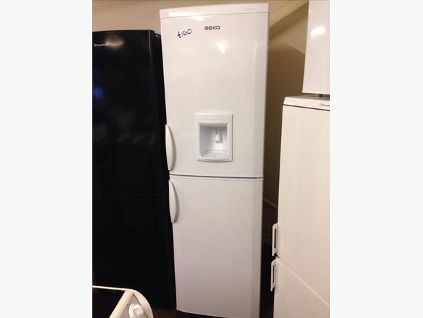 FROST FREE BEKO FRIDGE FREEZER