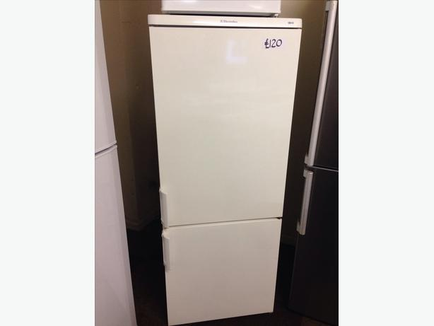 ELECTROLUX FRIDGE FREEZER0