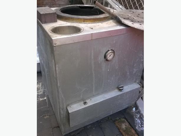 Tandoori oven gas