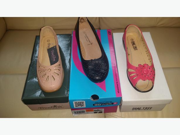 ladies shoes 3 pairs