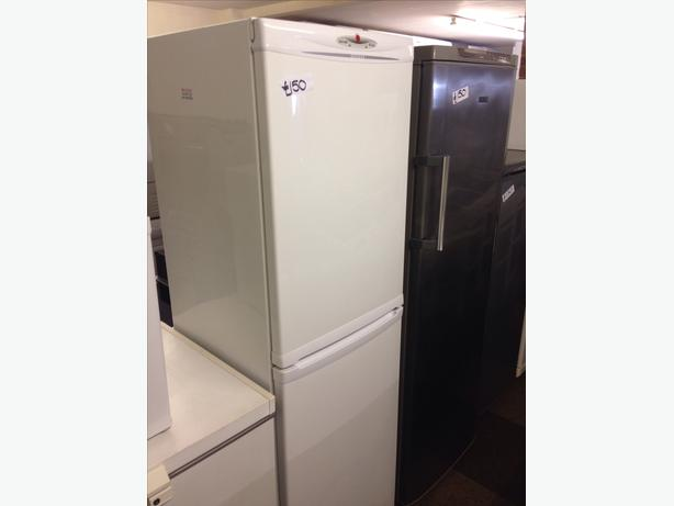 HOOVER FRIDGE FREEZER FROST FREE01