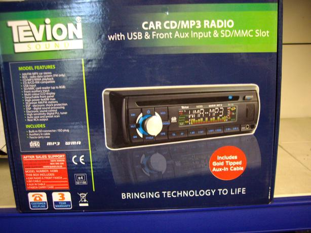 NEW CAR RADIO / CD PLAYER/ MP3 PLAYER
