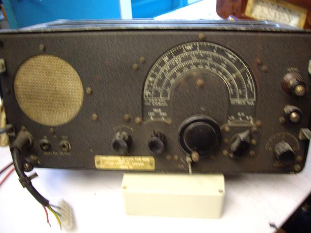PHILLIPS COMMUNICATIONS RECEIVER