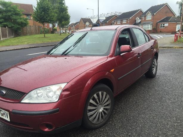 FORD MONDEO MKIII 2.0 PETROL BURGUNDY BREAKING FOR PARTS SPARES