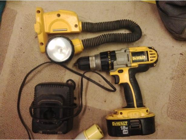 Dewalt 18 volt combi drill and torch