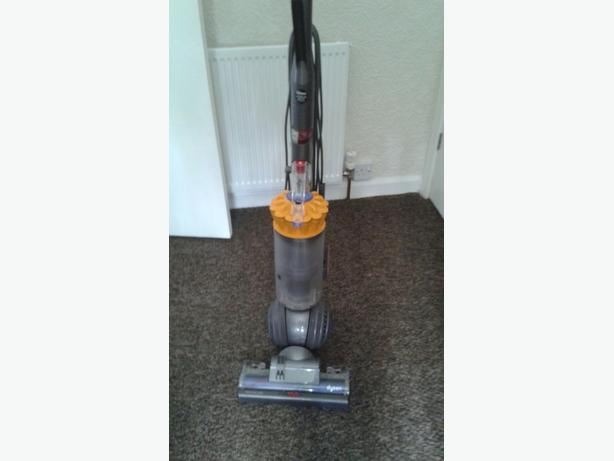 Dyson hoover great condition