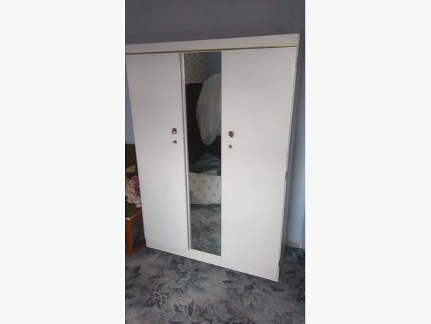 mirror front wardrobe