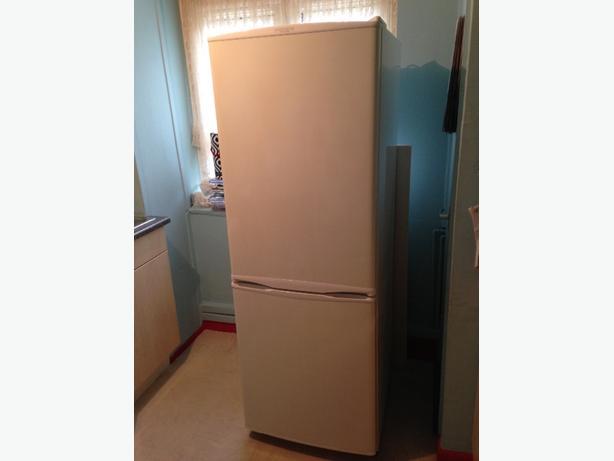 daewoo fridge / freezer