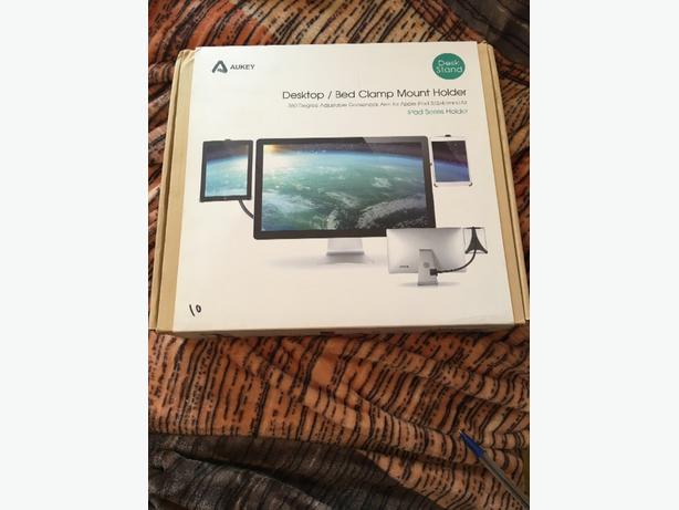 Desktop desk stand for Ipad