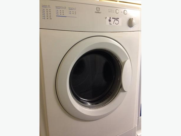 INDESIT VENTED DRYER 6KG WHITE