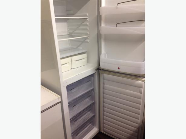 HOOVER FROST FREE FRIDGE FREEZER01