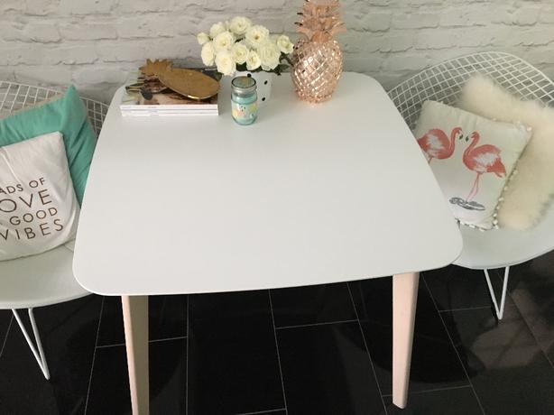 dining table 90x90 cm