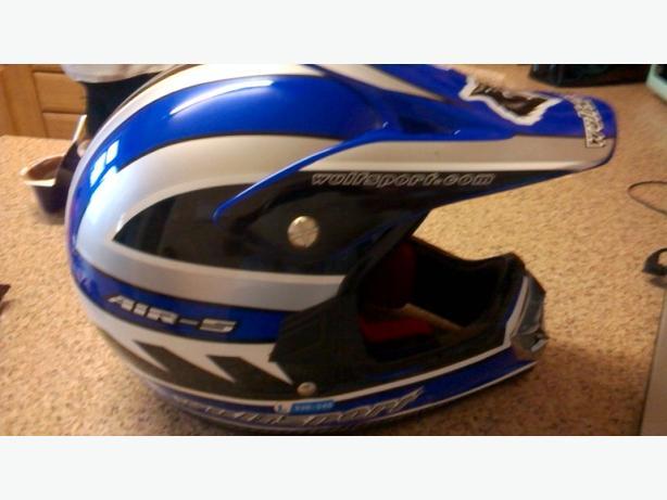 v10 air-5 helmet