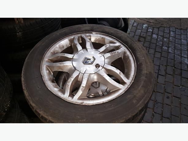 RENAULT CLIO 07 REG 15 INCH ALLOY WHEELS SET FOR SALE