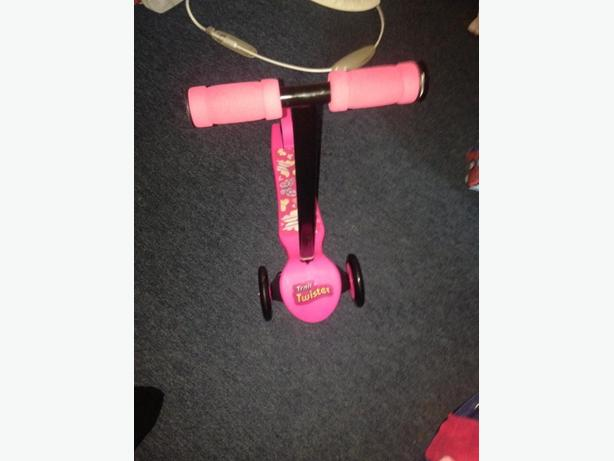 scooter & toy bundle