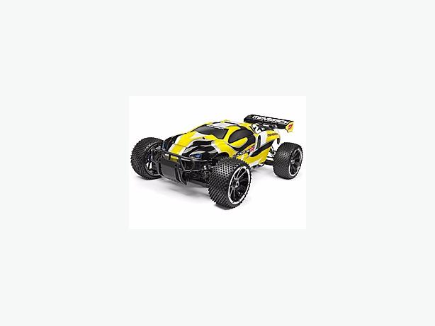 rc car maverick blackout st 30cc 2stroke very fast and cheap