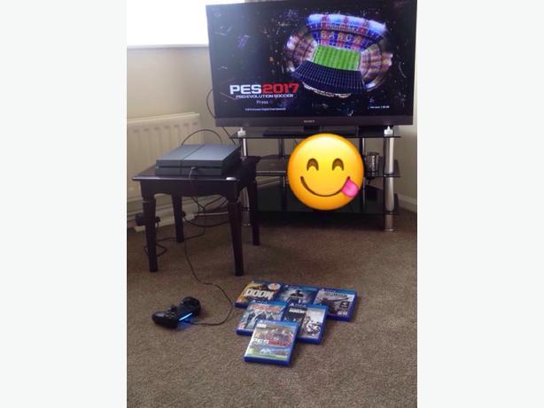 PlayStation 4 .. Basically brand new