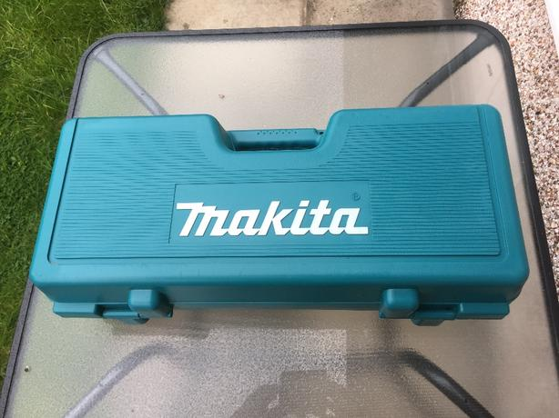 Makita angle grinder box