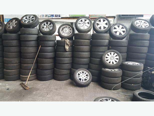 RENAULT MEGANE 04 REG 16 INCH ALLOY WHEEL FOR SALE