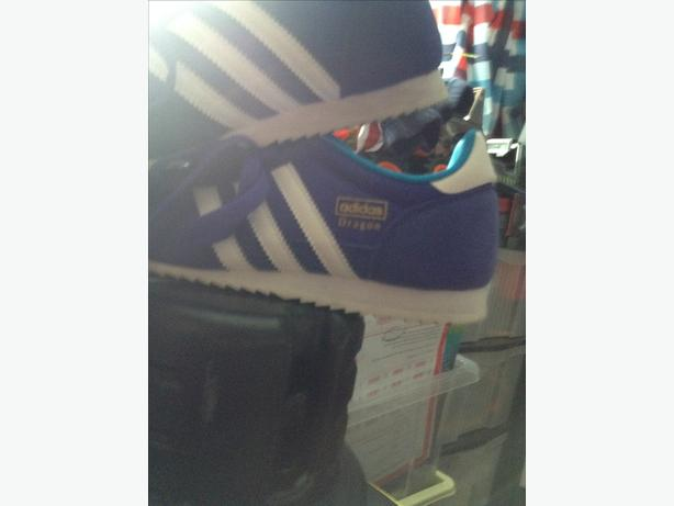 Adidas originals dragons size 5 1/2