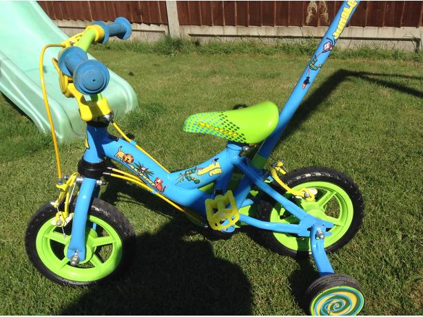 Toddlers jungle pedal bike